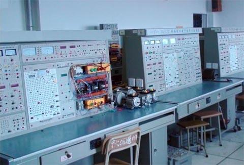 船舶电动控制仪表fun88体育备用装置